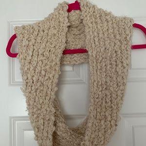 Accessories - Crochet infinity scarf